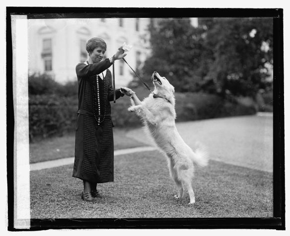 Grace Coolidge with presidential pet Rob Roy in 1926